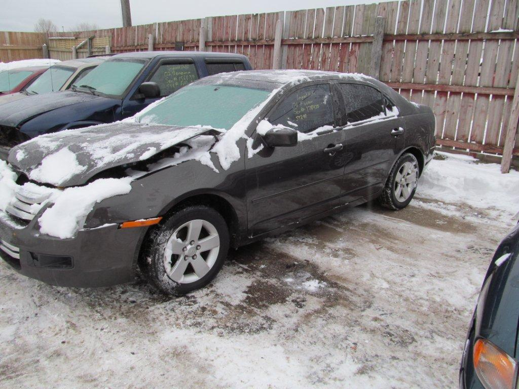 Ford  FUSION 2006 For Parts
