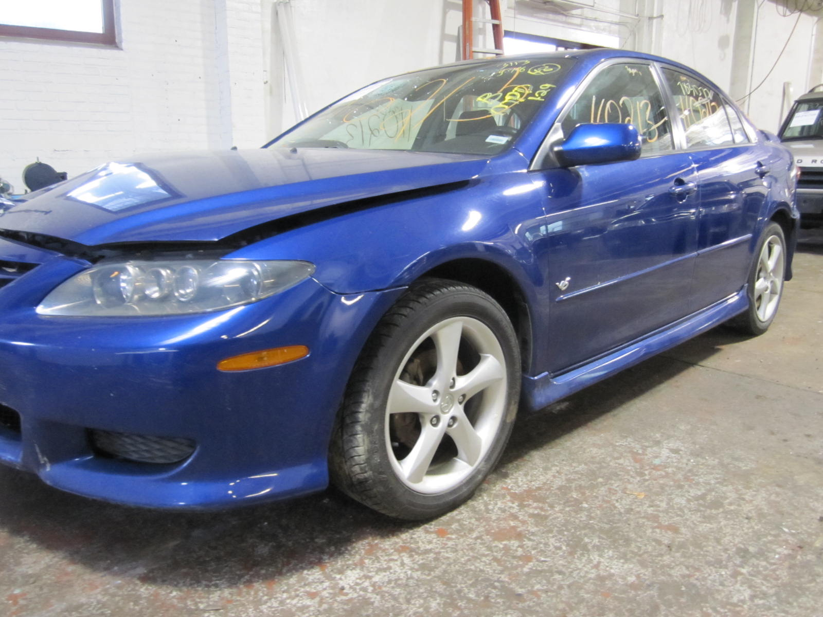 Parting out a 2005 Mazda 6 110213