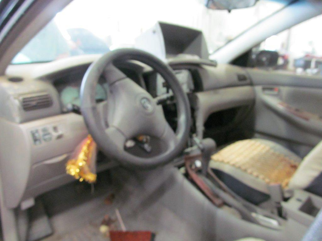 Toyota  TOYOTA COROLLA 2003 For Parts 003719