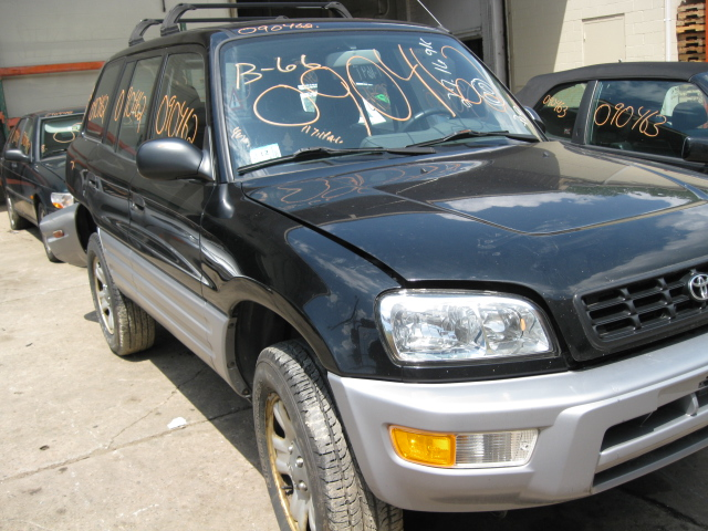 Parting out a 2000 Toyota RAV4