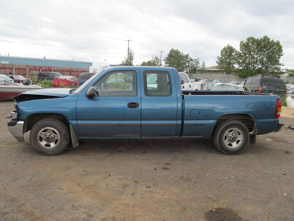 GMC  GMC SIERRA 1500 2001 For Parts