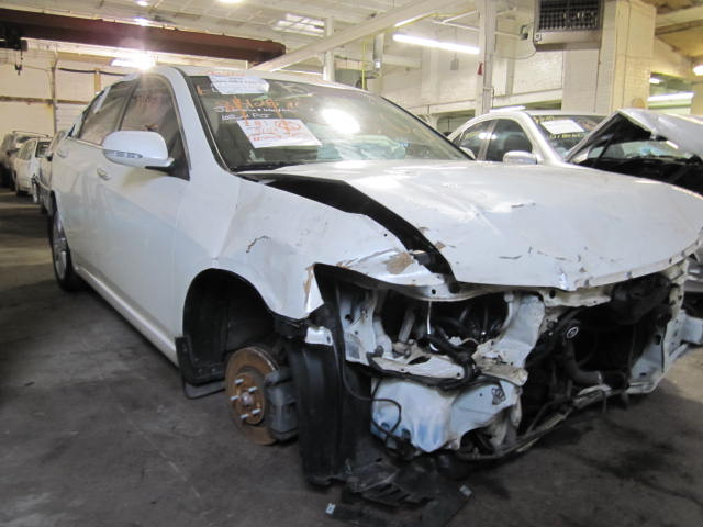 Parting out a 2005 Acura TSX