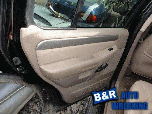 2004 ford explorer interior trim panel rear door 21979569 205 fd8404. Black Bedroom Furniture Sets. Home Design Ideas