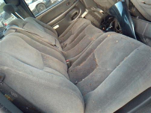 Chevrolet SILVRDO25 2003 Rear Seat 215.GM8N03 EHA043