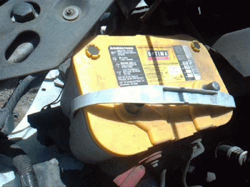 <em>Chevrolet</em> <em>TRAILBLAZ</em> 2002 Battery