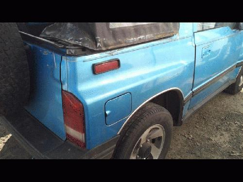 Geo TRACKER 1994 Right Side Quarter Panel Assembly