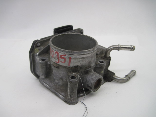 THROTTLE BODY Corolla Matrix 2005 05 2..
