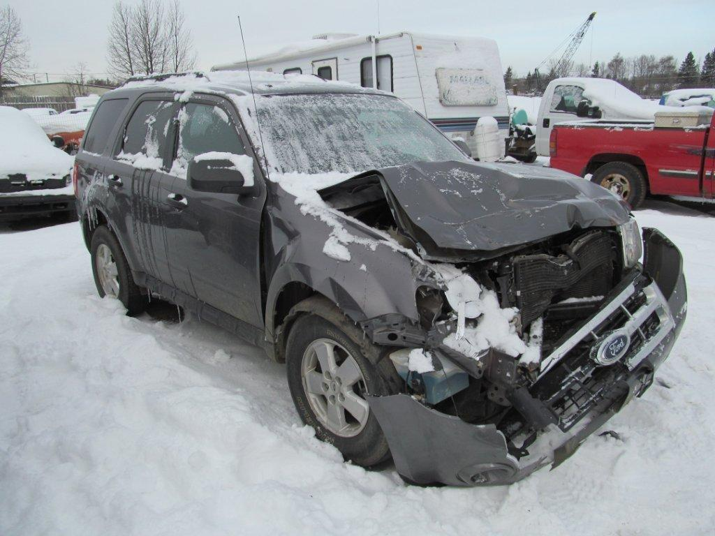 Ford  FORD ESCAPE 2009 For Parts A77217