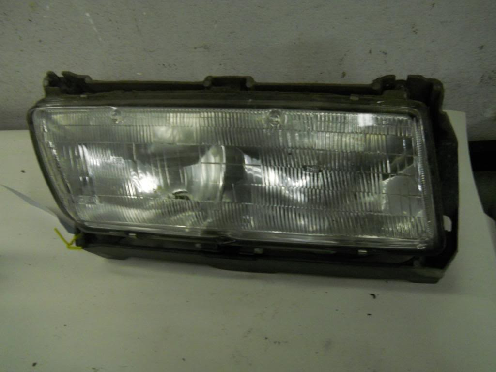 1990 PONTIAC GRAND PRIX R/PASSENGER <em>HEADLIGHT</em> LAMP
