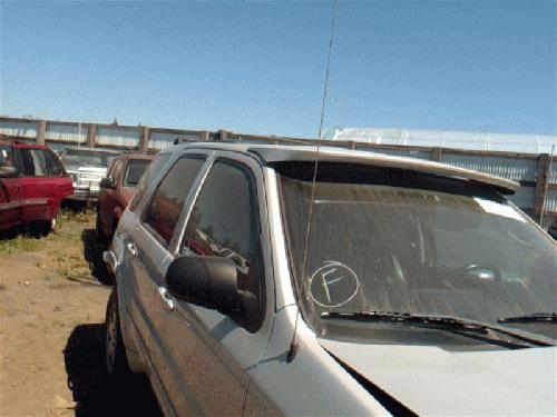 <em>Ford</em> <em>ESCAPE</em> 2004 Antenna