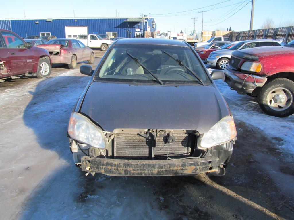 Toyota  TOYOTA COROLLA 2004 For Parts 815910
