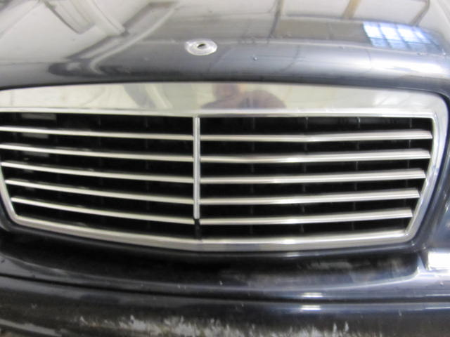 Grill mercedes e300d e320 e55 1996 96 1997 97 98 99 521580 for 99 mercedes benz e320