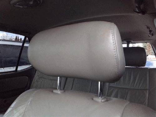 Toyota SEQUOIA 2001 Headrest
