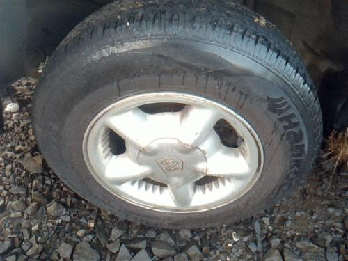 <em>Dodge</em> <em>DAKOTA</em> 1997 Tire