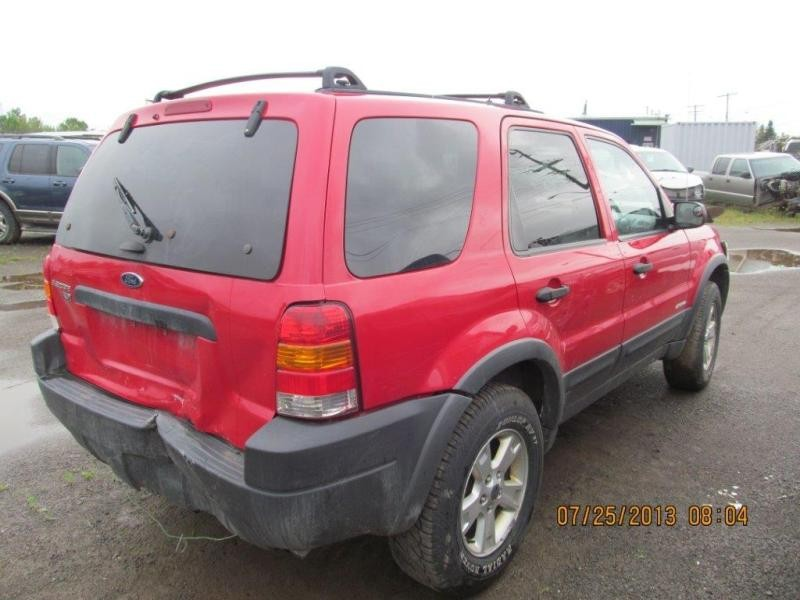 Ford  FORD ESCAPE 2002 For Parts 9600