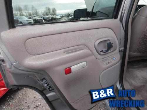 1999 chevrolet tahoe interior trim panel rear door 21533598 205 gm8299. Black Bedroom Furniture Sets. Home Design Ideas