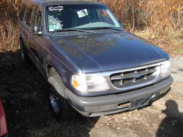 Parting out a 1998 Ford Explorer