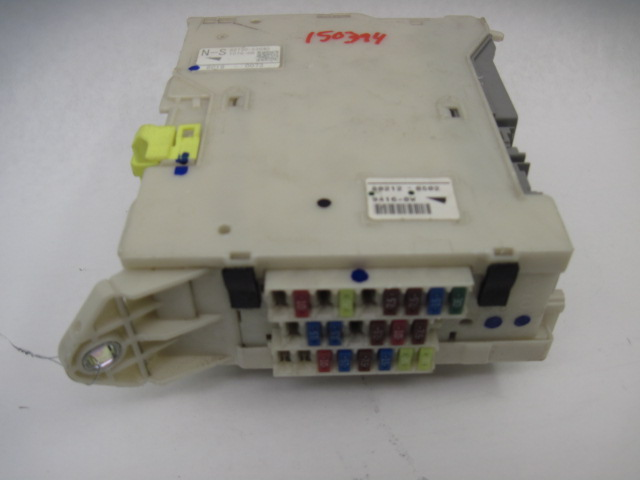 FUSE BOX Lexus IS250 IS350 2007 07 2008 08 Right RIGHT <em>82730</em>-53540 801783