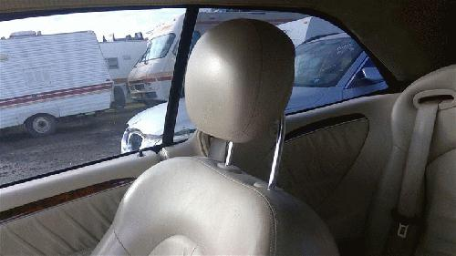 <em>Mercedes</em>-<em>Benz</em> <em>CLK350</em> <em>2006</em> Headrest