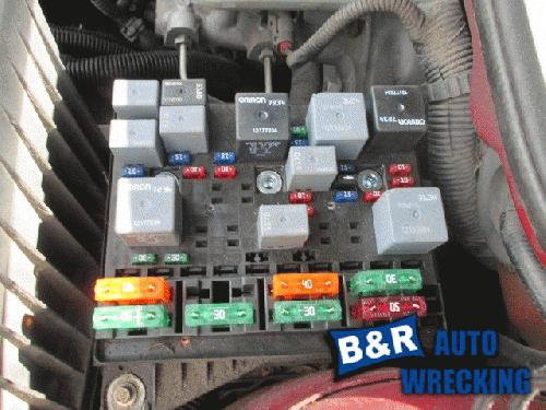 2001 pontiac grand am fuse box 21329604 rh justparts com fuse box diagram for 2002 pontiac grand am