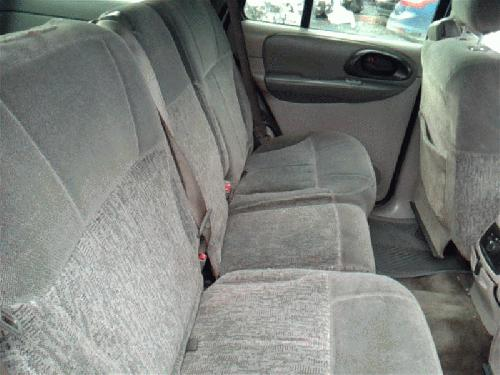 <em>Chevrolet</em> <em>TRAILBLAZ</em> 2002 Rear Seat