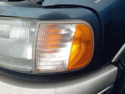 Ford EXPEDITON 2002 Left Side Front Lamp