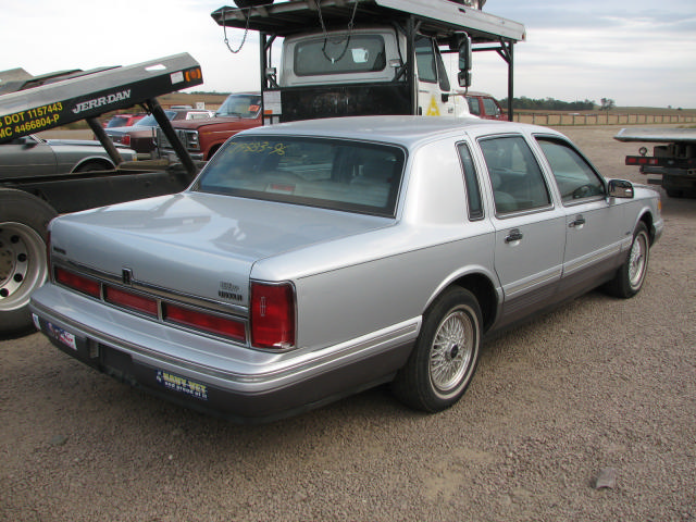 Lincoln Town Car Used Parts