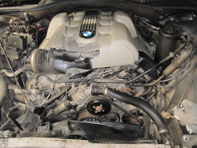 Service Manual  2002 Bmw 745 Fuse Block Removal Issues