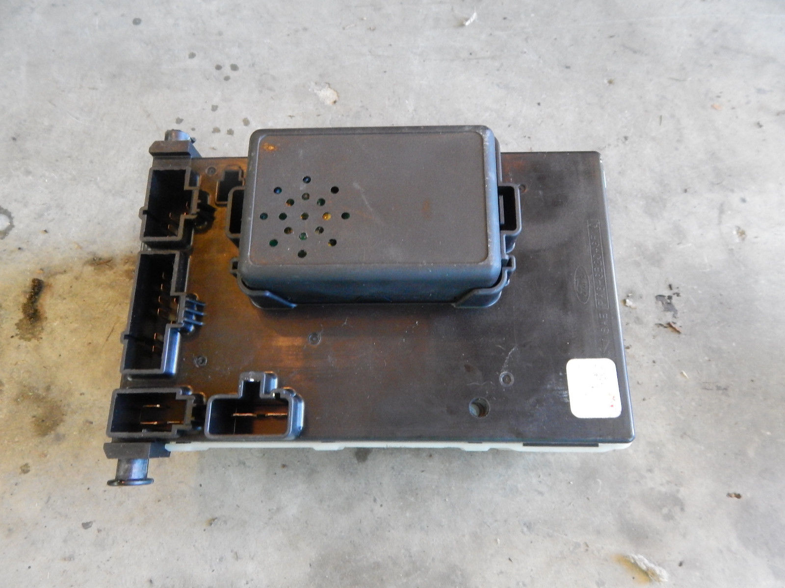 1997 97 Ford Contour Fuse Box With Central Timer Unit 94bg 14k150 Ae For