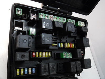 07 08 CHRYSLER PACIFICA P05082088AG FUSE BOX RELAY UNIT MODULE K5178 , P05082088AG 05082088AG ...