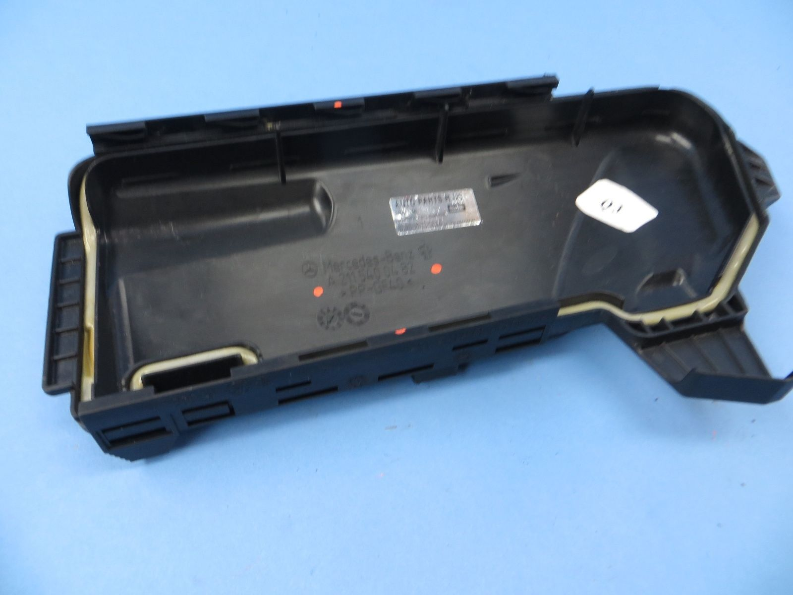 2007 2011 Mercedes Cls550 W219 Fuse Box Cover 2115400482 Cls350 2009 E550 Cls63 Oem W211
