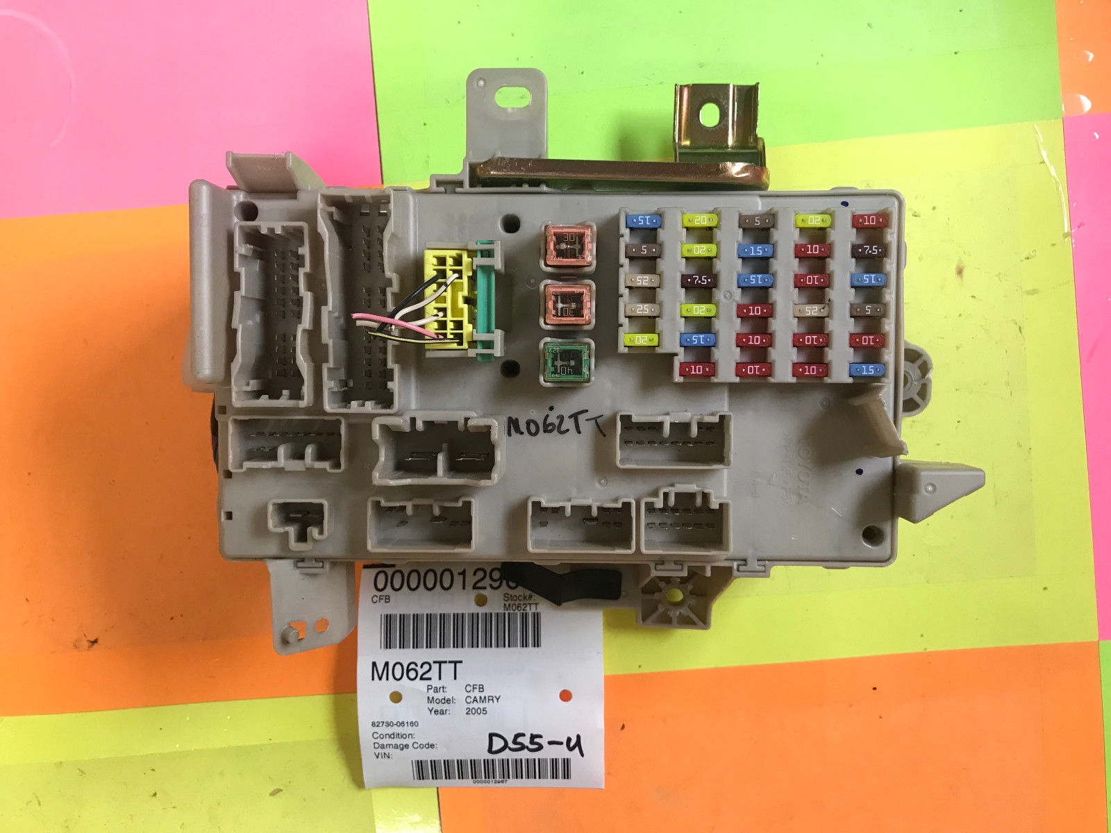 05 Toyota Camry Dash Cabin Fuse Box 82730 06160 Oem M062t
