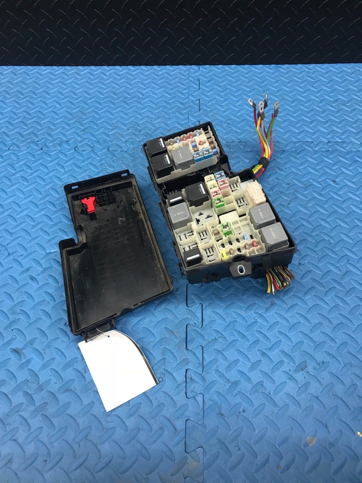 2015 Ford Escape Wire Wiring Junction Fuse Block Relay Panel Box Av6t 14a067 Ad