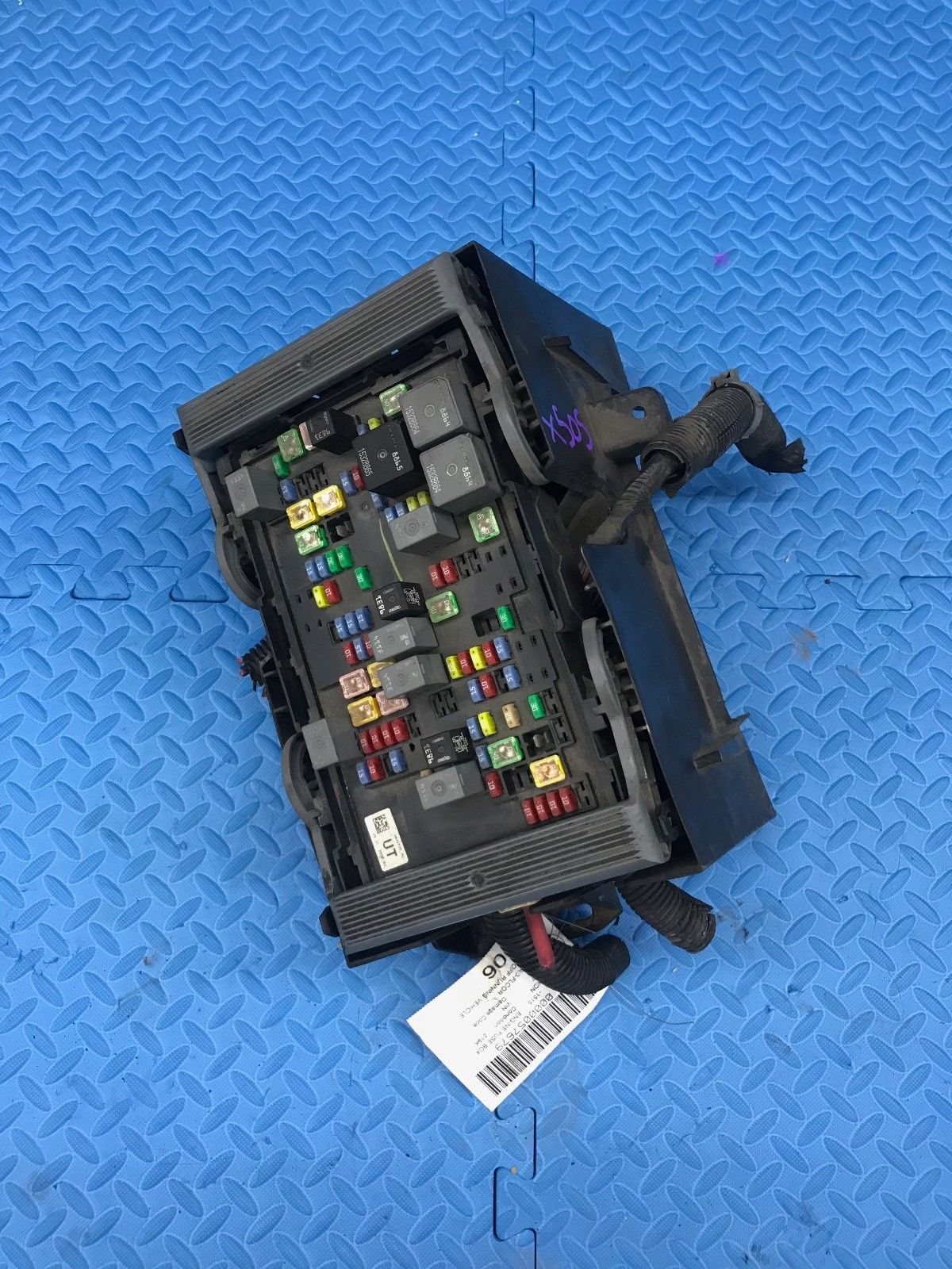 1996 Gmc K1500 Fuse Box Page 2 Gm Van Emgmc Em Truck Yukon Part Wire Wiring Junction