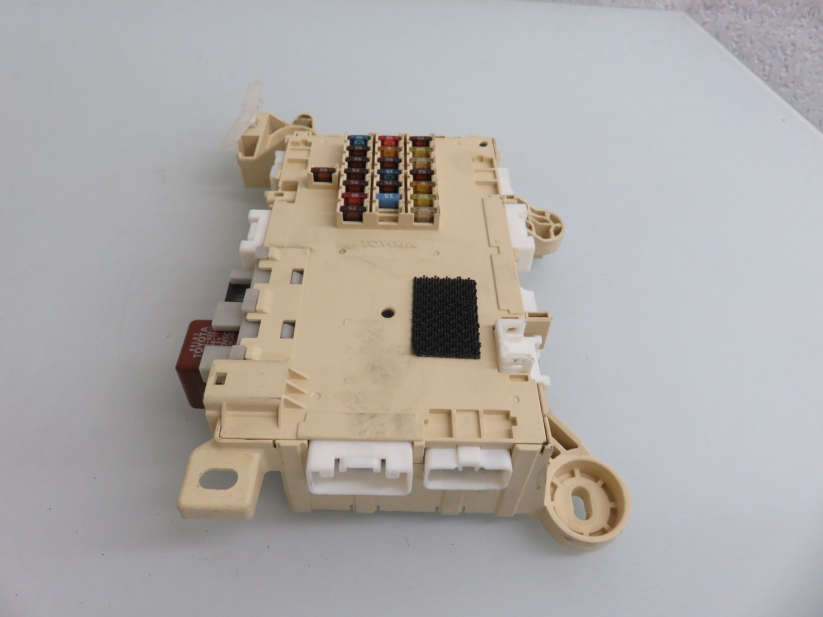Sonata Under Dash Fuse Box Page 2 01 06 Lexus Ls430 Front Right Passenger Side Emunder Em