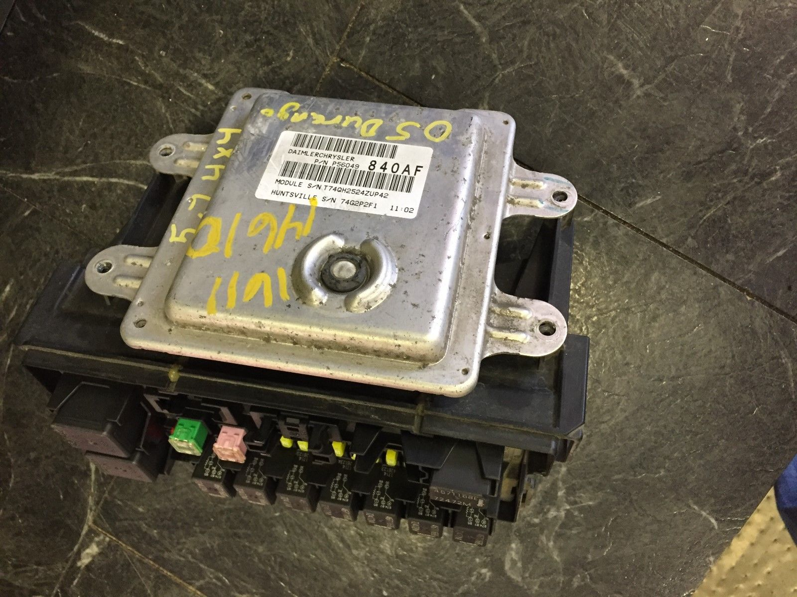 05 Dodge Durango Fuse Box Engine Motor Brain 78d48e0e D74c